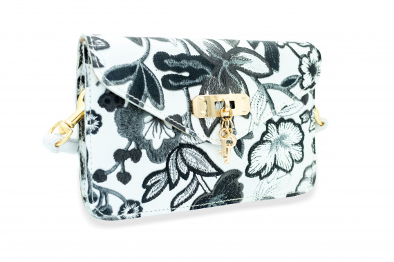 Black and White Leather Travel Purse