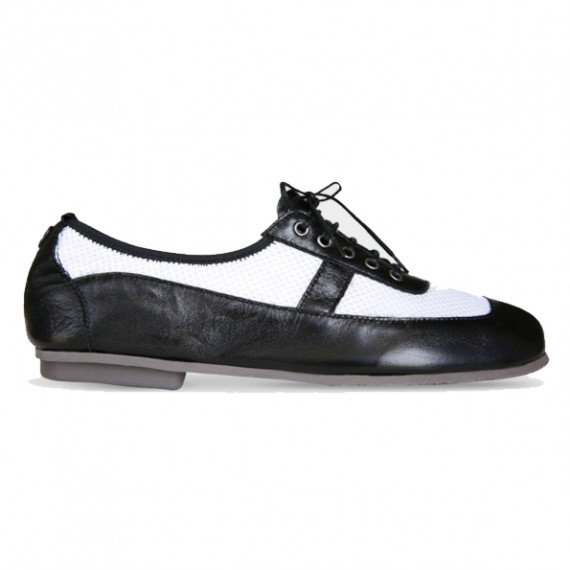 black and white travel shoes for women