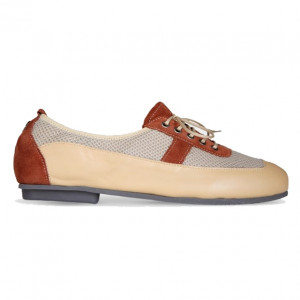 Brown leatro sports shoes for women