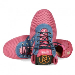 Pink sport soft shoes for women